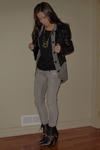 Zara jeans - H&M boots - Esprit cardigan - Urban Outfitters necklace - 725 shirt