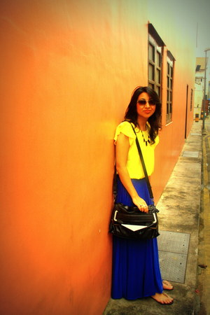 blue warehouse skirt - black Zara bag - yellow top