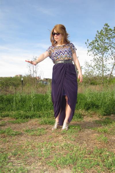 draping hi low skirt - chevron shirt - leather belt - cat eye glasses