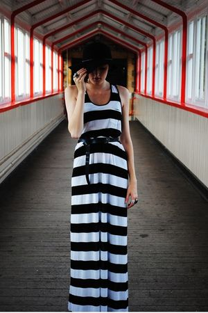 black H&M dress - black Newlook hat