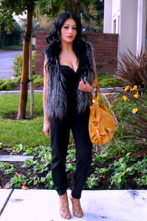 charcoal gray faux fur Forever 21 vest - gold JustFab bag