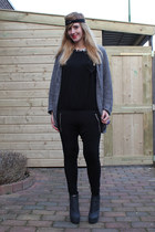 heather gray H&M cardigan - black jumpsuit LnA jumper - dark gray croco River Is