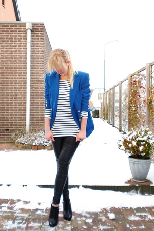 blue Ralph Lauren blazer - white H&amp;M shirt - black Super Trash leggings - black 