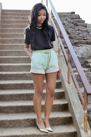 lime green lace shorts - black chiffon top - gold metallic Story heels