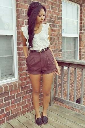 brown shorts shorts - black loafers X Appeal loafers