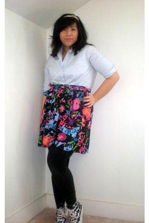 blue shirt - black Thakoon for Target skirt - black Target leggings - black Conv
