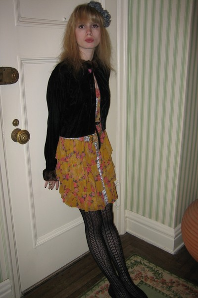 black Vintage Toots Pierre by MB Snow jacket - yellow Jill Stuart dress - black