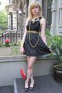 Black-see-by-chloe-dress-brown-linea-pelle-belt-gold-vintage-monet-necklace-