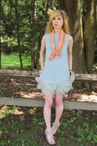 sky blue feather vintage joseph speaker dress - tawny flower vintage hat - salmo