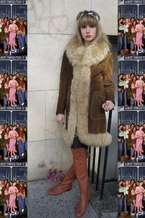 tawny scalloped Chloe boots - brown suede vintage coat - light pink headband H&M