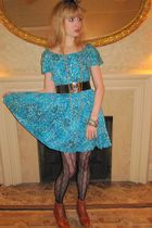 blue vintage B Altman & Co dress - black vintage chanel belt - gold vintage neck