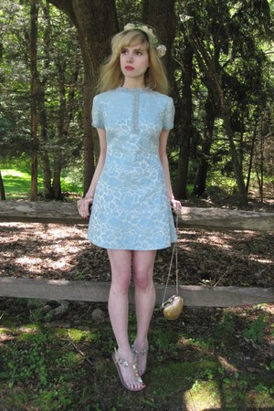 sky blue brocade vintage dress - ivory flower vintage hat - gold heart Forever 2