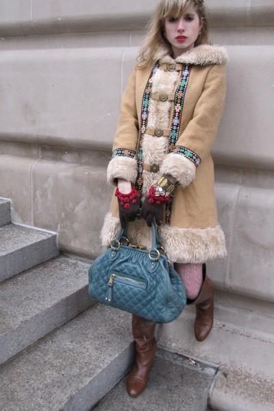 beige vintage Montgomery Ward coat - gold costume earrings - brown Moschino glov