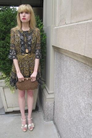 tawny bead vintage bonnies bag - mustard flower Anna Sui dress