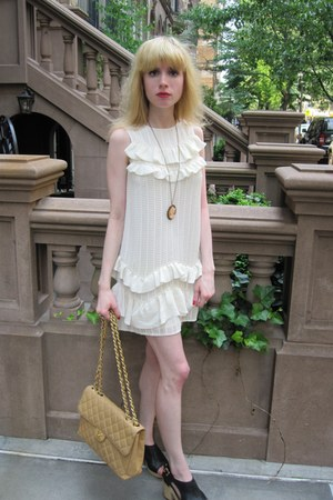 ivory ruffle 31 Phillip Lim dress - camel maxi Chanel bag - gold cameo vintage n