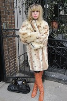 burnt orange scalloped Chloe boots - off white fur vintage coat - black Chloe ba