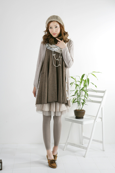 gray Target leggings - gray REEM dress - silver Yesstyle scarf - brown thrift sh