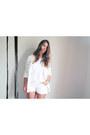 White-10-h-m-blazer-white-forever-21-shorts-white-5-hema-t-shirt