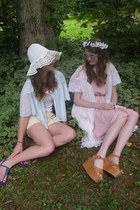 bubble gum backless romwe dress - cream floppy vintage hat