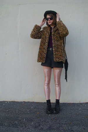 light brown leopard print Flying Tomatoe coat - black vintage hat