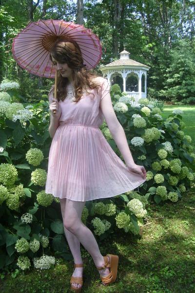 bubble gum parasol antique accessories - bubble gum OASAP dress