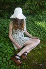 White-ivy-print-urban-outfitters-dress-white-floppy-vintage-hat