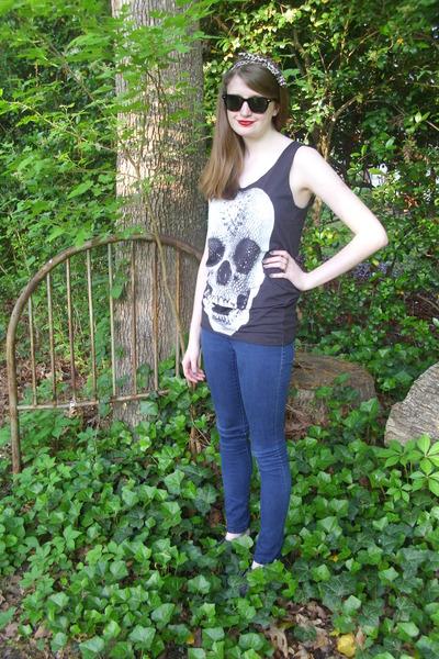 black skull tank Punkalife top - navy skinny Charlotte Russe jeans