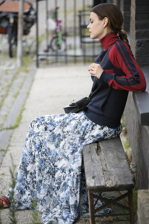 Erdem skirt - Chloe sweater - Chloe bag