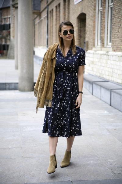 jensen acne boots - Ines de la Fressange x Uniqlo dress