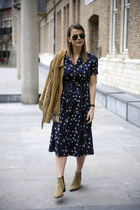 jensen acne boots - Ines de la Fressange x Uniqlo dress