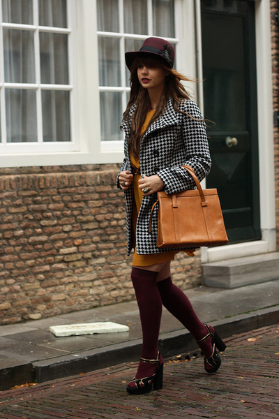 fashionzenvintage bag - Missing Johnny coat - H&M hat - asos socks