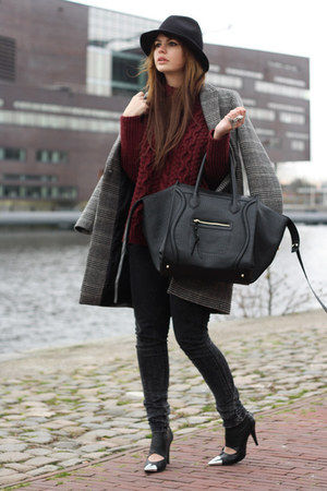 VJ-style bag - Nowhere shoes - Zara coat - Zara sweater
