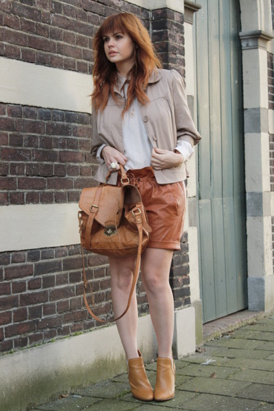 Chloe shoes - Wholesale-Dress shorts - vintage blouse