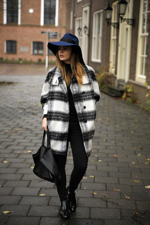 Front Row Shop coat - 7 for all mankind jeans - &Other stories hat - Celine bag