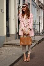 J'adore powder pink!