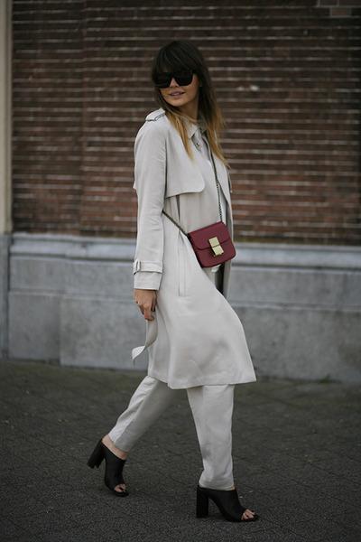 trench coat Zara coat - mules Zara sandals