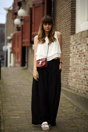 Birkenstock sandals - cropped Zara top - Sheinside pants