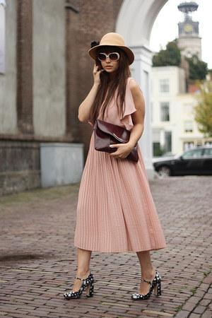 Miu Miu shoes - H&M dress - SXUC glasses