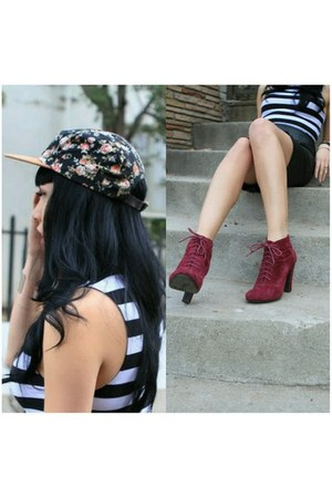 leather Guess skirt - suede Seychelles boots - floral print hat