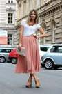 Peach-h-m-skirt-nude-h-m-bag