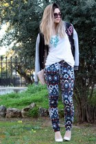 Zara pants - H&M jacket - Prada sunglasses