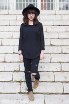 black c&a hat - tan asos boots - black H&M shirt - black H&M pants