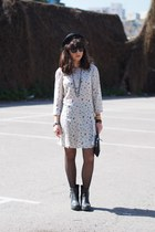black H&M hat - ivory pull&bear dress