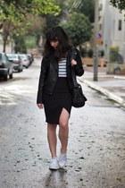 black H&M skirt - white Zara shirt