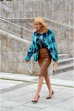 turquoise blue MARC CAIN coat - purple Dolce & Gabbana shoes