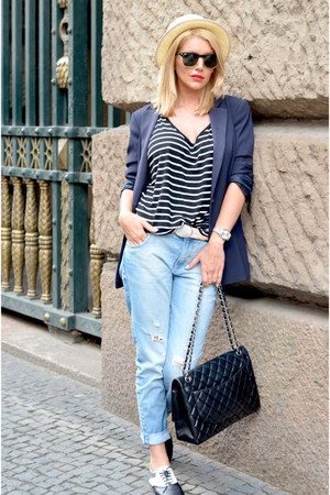 black Chanel bag - light blue Zara jeans - navy MARC CAIN blazer