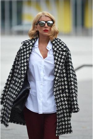 white MARC CAIN coat - black Chanel bag - crimson Gucci pants