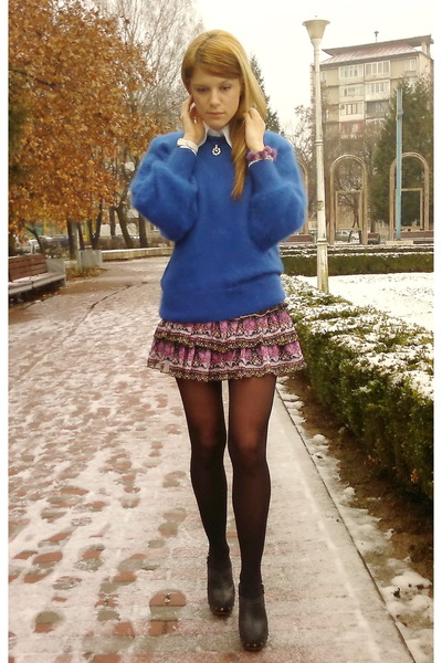 blue coblat vintage sweater - multicolored Orasay skirt