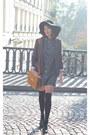 Black-zara-hat-charcoal-gray-silence-noise-jacket-teal-vintage-shirt