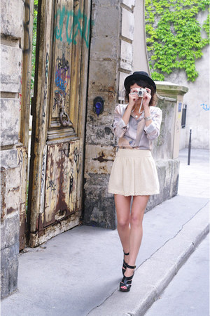 black vintage hat - light pink Antipodium shirt - beige Zara skirt - black Topsh